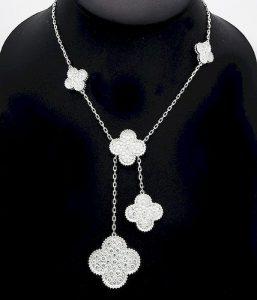 Van Cleef & Arpels Magic Alhambra Diamond 6 Motif/AuctionDaily