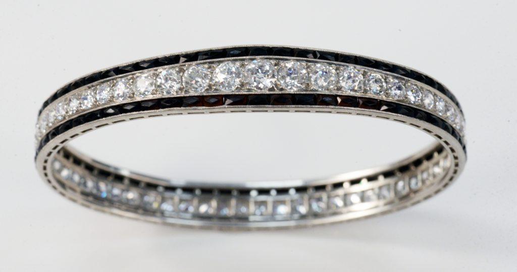 Platinum Bangle Style Bracelet, set with 58 diamonds