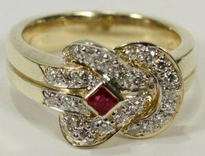 NATURAL RUBY & DIAMOND, GOLD KNOT RING