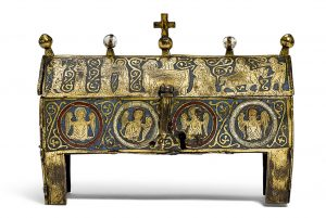 A Gothic Enamel Reliquary, Limoges, 2nd half 13th century. 20.5 ×8 × 15.5 cm. Estimate: CHF 70 000/120 000.