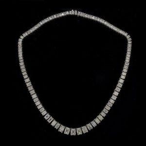 Important Diamond and Platinum Necklace