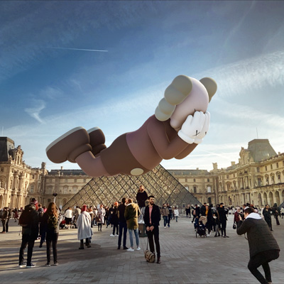 KAWS: EXPANDED HOLIDAY installation at the Louvre. Image from Acute Art.