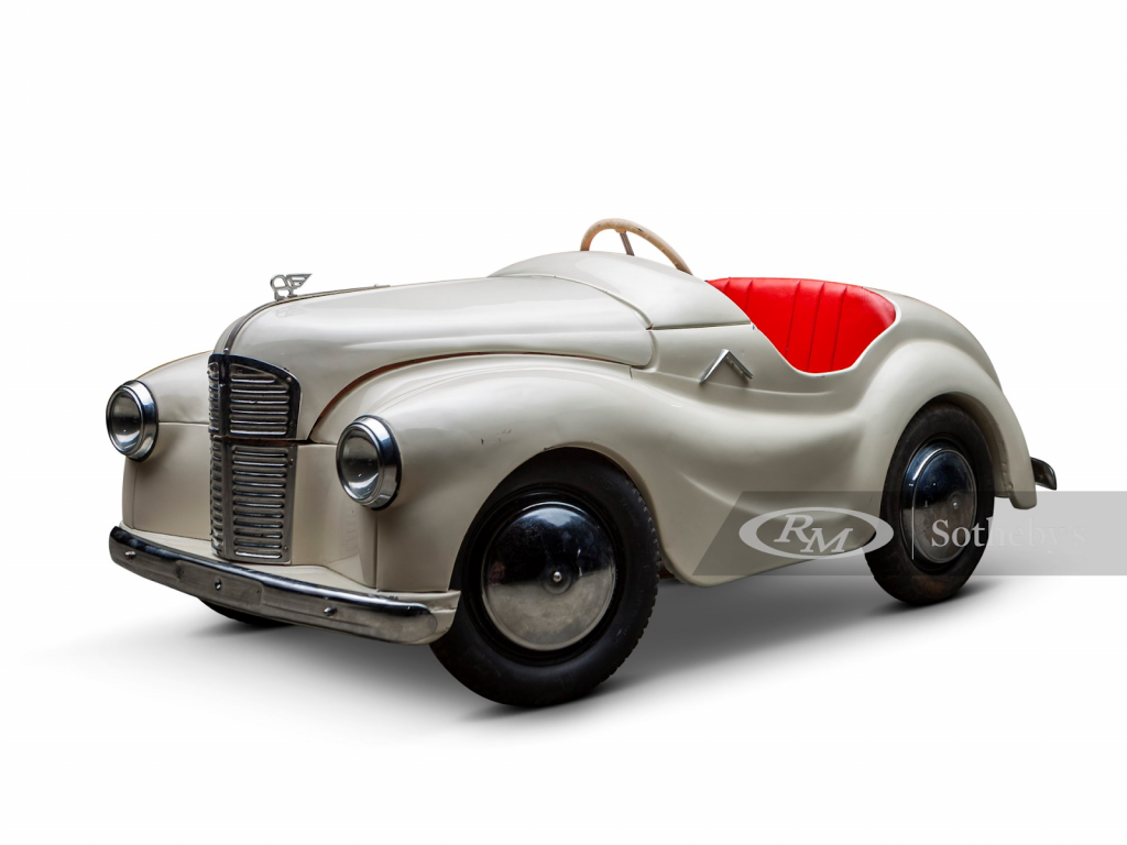 Junior Forty 'J40' Roadster pedal car. Photo from RM Sotheby's.