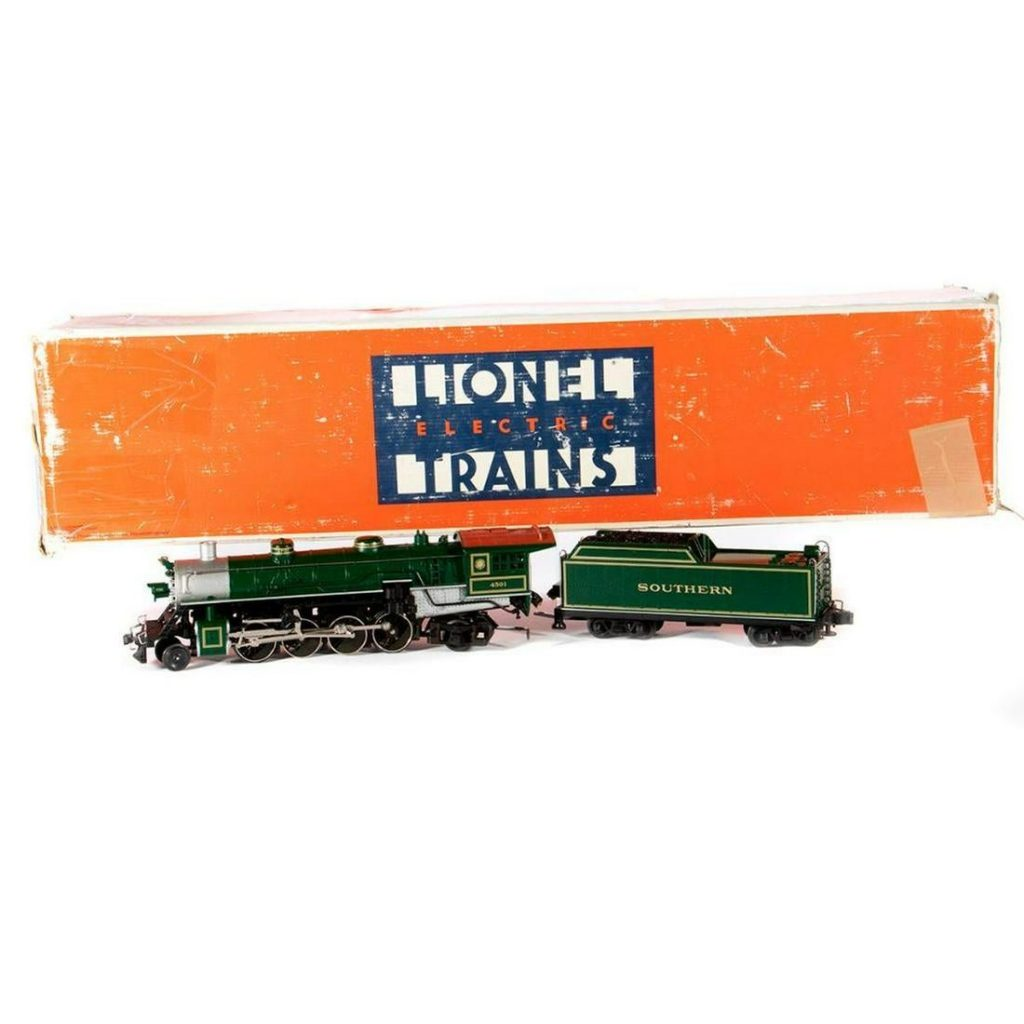 O Gauge Lionel Southern 2-8-2 Mikado and Tender with