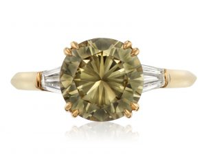 FANCY BROWNISH GREENISH YELLOW DIAMOND RING OF 2.46 CARATS WITH GIA REPORT