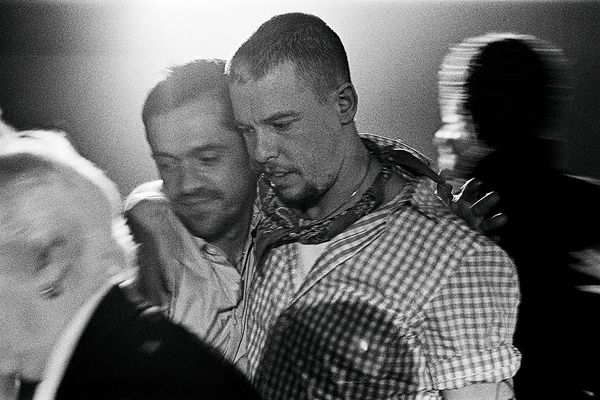Picture of Shaun Leane and Alexander McQueen by Ann Ray. Photo courtesy of Leane.