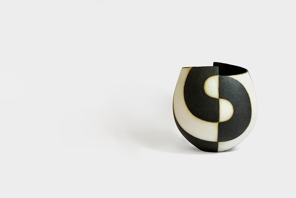The 18cm high hand-built black and white stepped rim bowl by John Ward (b.1939), bought two decades ago for £595, has a guide of £8000-12,000.