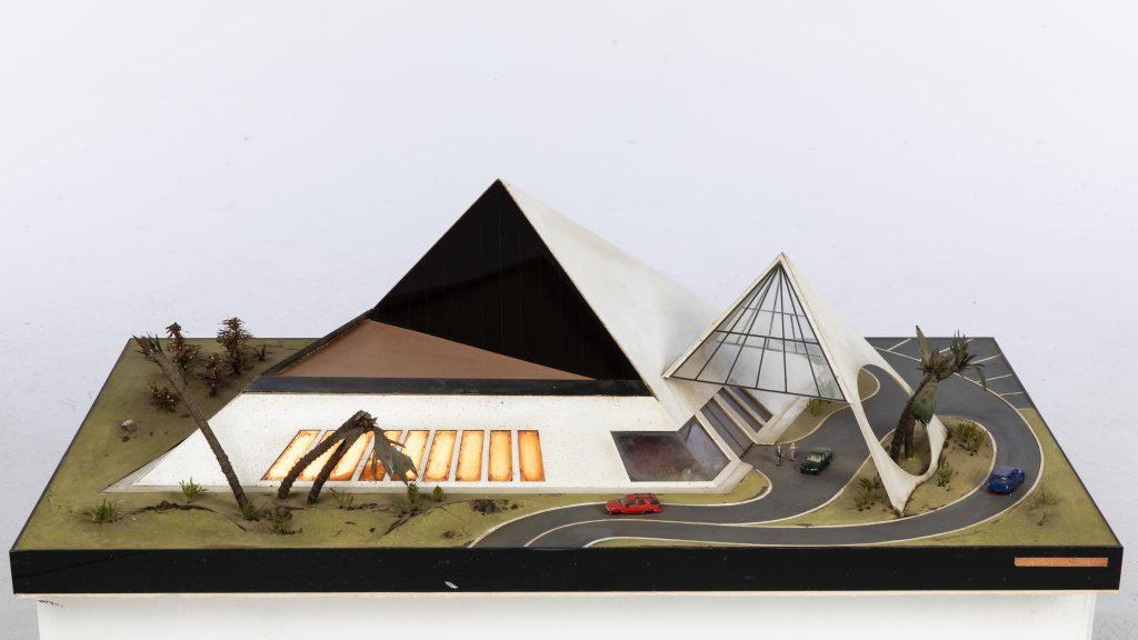 John Bucci (Italian/American, 1935-2019), multimedia concept model for a nightclub/restaurant complex, 15in x 40 x 22¾ in. Estimate $150-$250