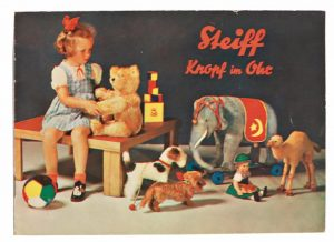 How-To-Elevate-Your-Collection-With-Vintage-Ephemera4