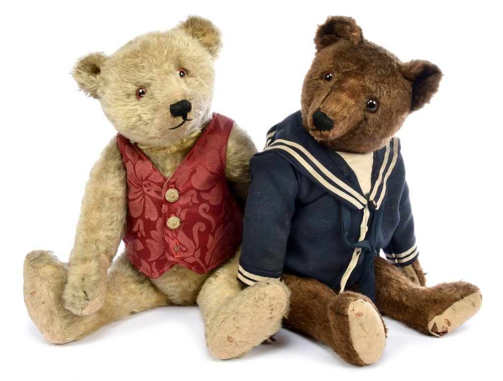 """The """"Bing Brothers"""" Teddy bears on offer this January. Photo courtesy of Vectis Auctions."""