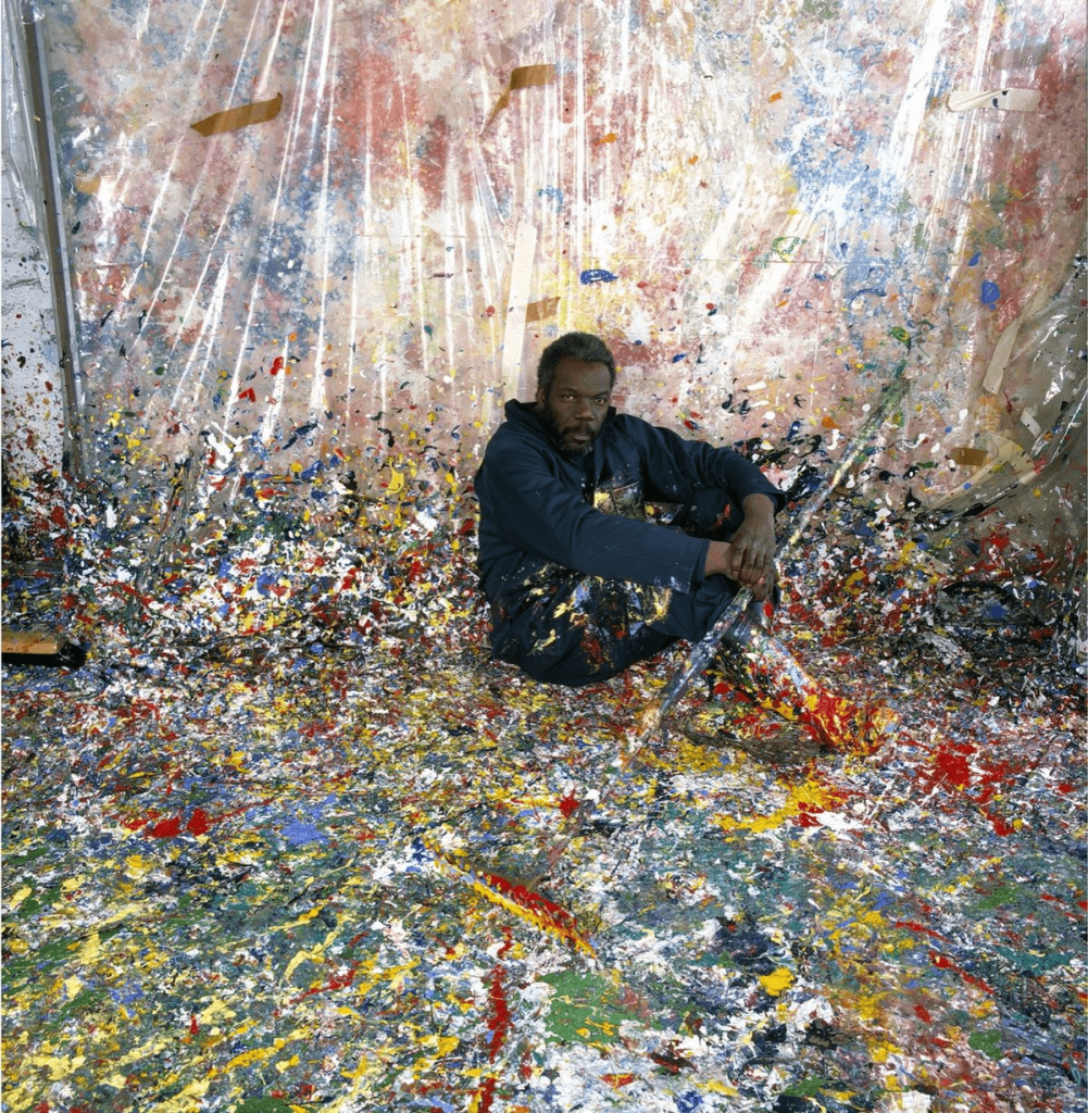 Portrait of Sam Gilliam in 1980. Photo by Anthony Barboza via Getty Images.