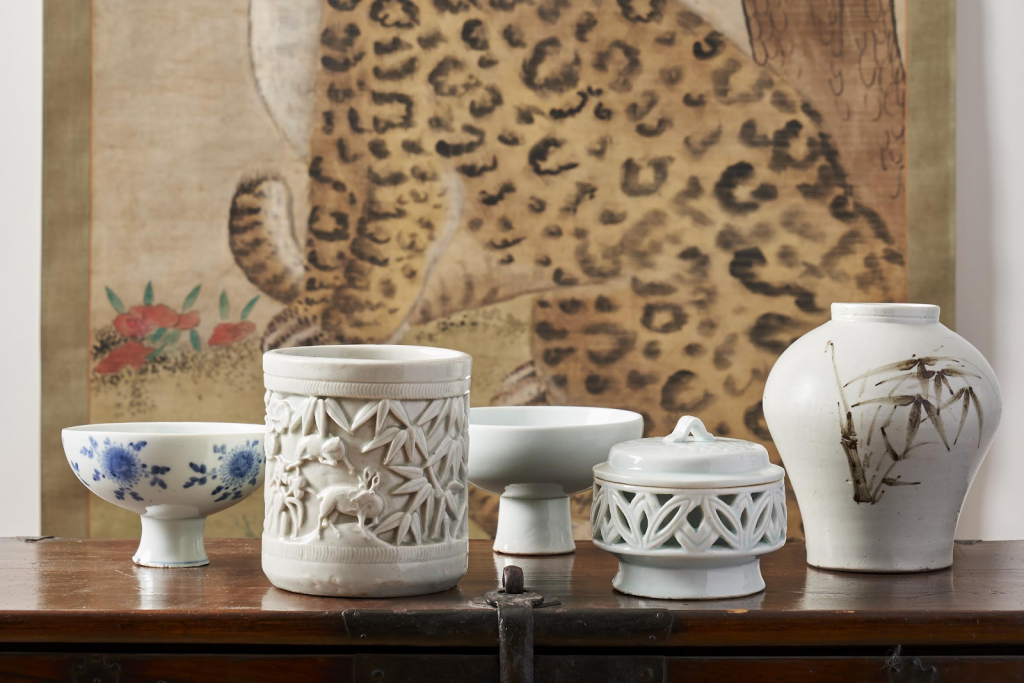 Collection of lacquer wares coming to auction in March. Image from Bonhams.