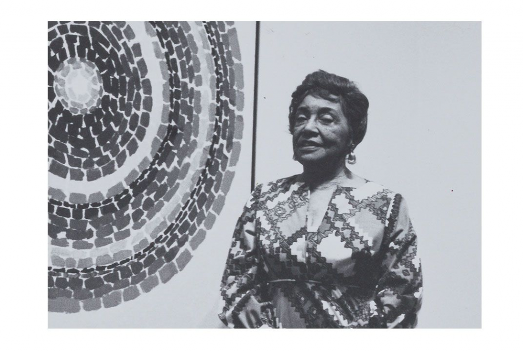 Photograph of Alma Thomas. Image from the Archives of American Art at the Smithsonian Institution.