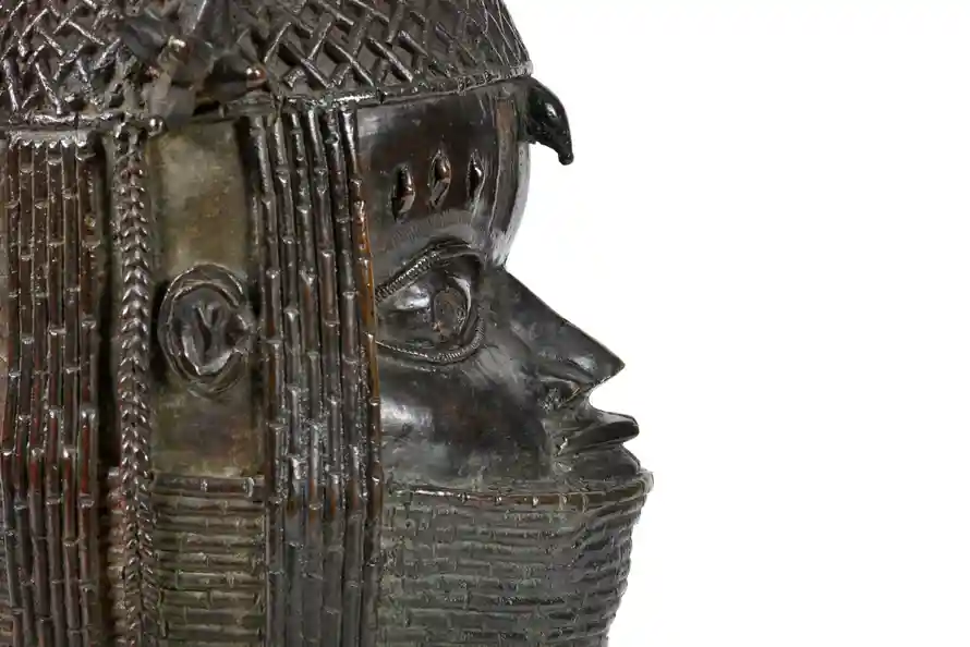The University of Aberdeen has announced plans to return this Benin bronze sculpture of the Oba to Nigeria. Image from the University of Aberdeen.