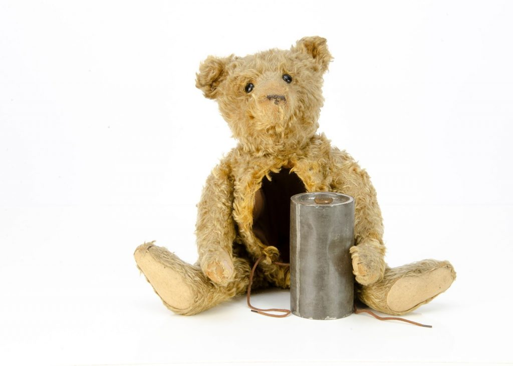 Steiff hot water bottle bear. Image from Special Auction Services.
