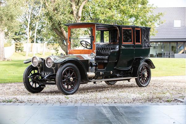Rolls-Royce 40/50HP Silver Ghost Open Drive Landaulette, 1909. Image from Bonhams.
