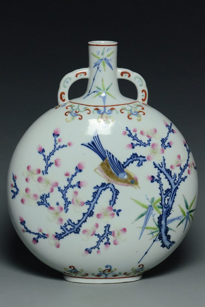 Famille Rose moon flask, Qianlong mark and period, 11½ x 9¼ x 4¼ in. Exhibited at 1967 China House Gallery New York exhibition of Chinese art from private and museum collections. Offered with no reserve. Estimate $200-$400