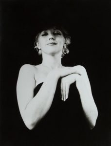 MARILYN MONROE 1956-1973 BLACK AND WHITE PHOTOGRAPH SIGNED BY MILTON H. GREENE