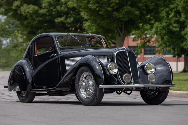 1936 Delahaye Type 135 Competition Court Teardrop Coupe. Image from Mecum Auctions.