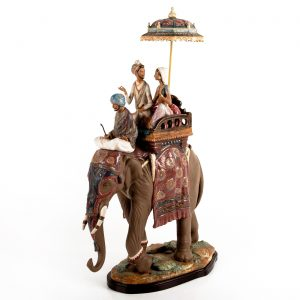 Lladro Figurine Grouping, Road To Mandalay 1013556, Signed